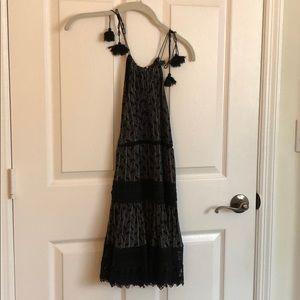 Adjustable tie high neck dress